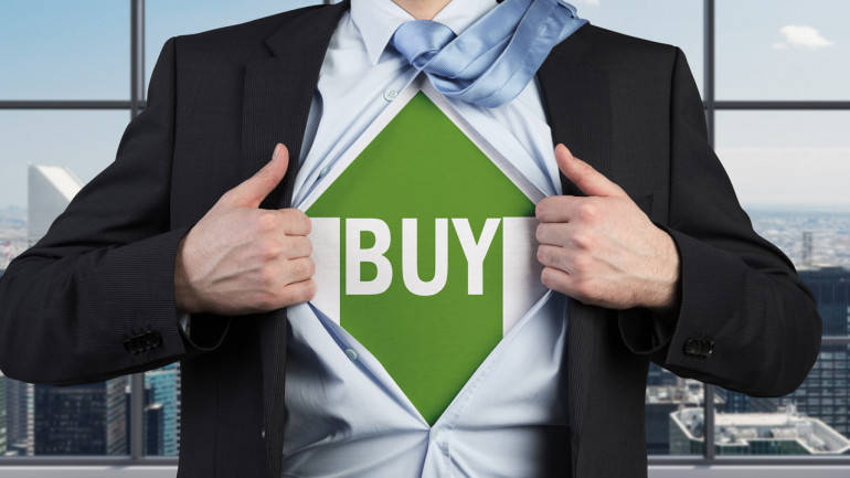 Buy Engineers India, UltraTech Cement, Future Lifestyle: Ashwani Gujral