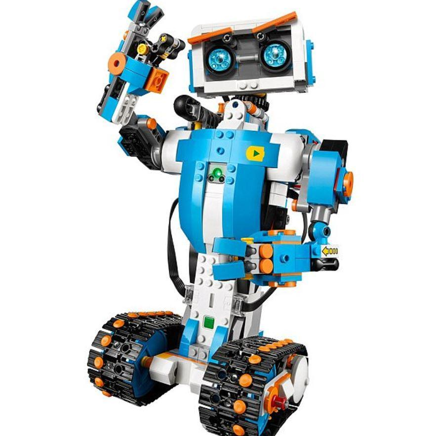 Lego gets a robotic twist with this futuristic kit