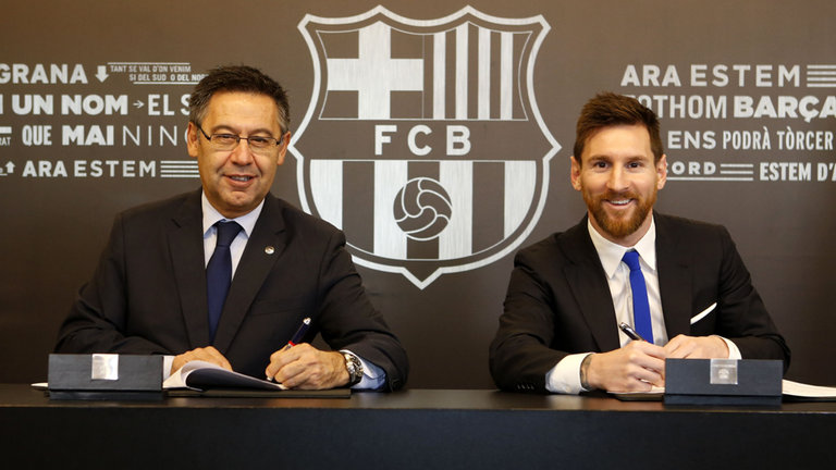 The new contract, signed on Saturday, will see Messi at Barcelona until 2021