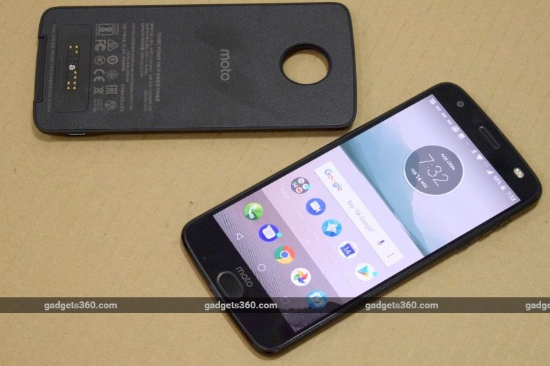 Moto Z2 Force and Moto TurboPower Mod Review