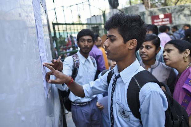 Over 8 lakh students registered for the Karnataka SSLC Class 10 board exams. Photo: Hindustan Times