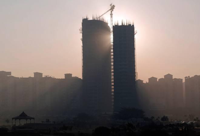 Indiabulls Housing Finance shares jump 4% on fundraising plans